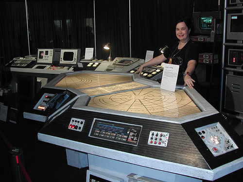 Build A Custom Gaming Table Igeekout Net