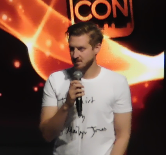 Arthur Darvill Panel SLCC16 still 2 - Arthur saying hi.