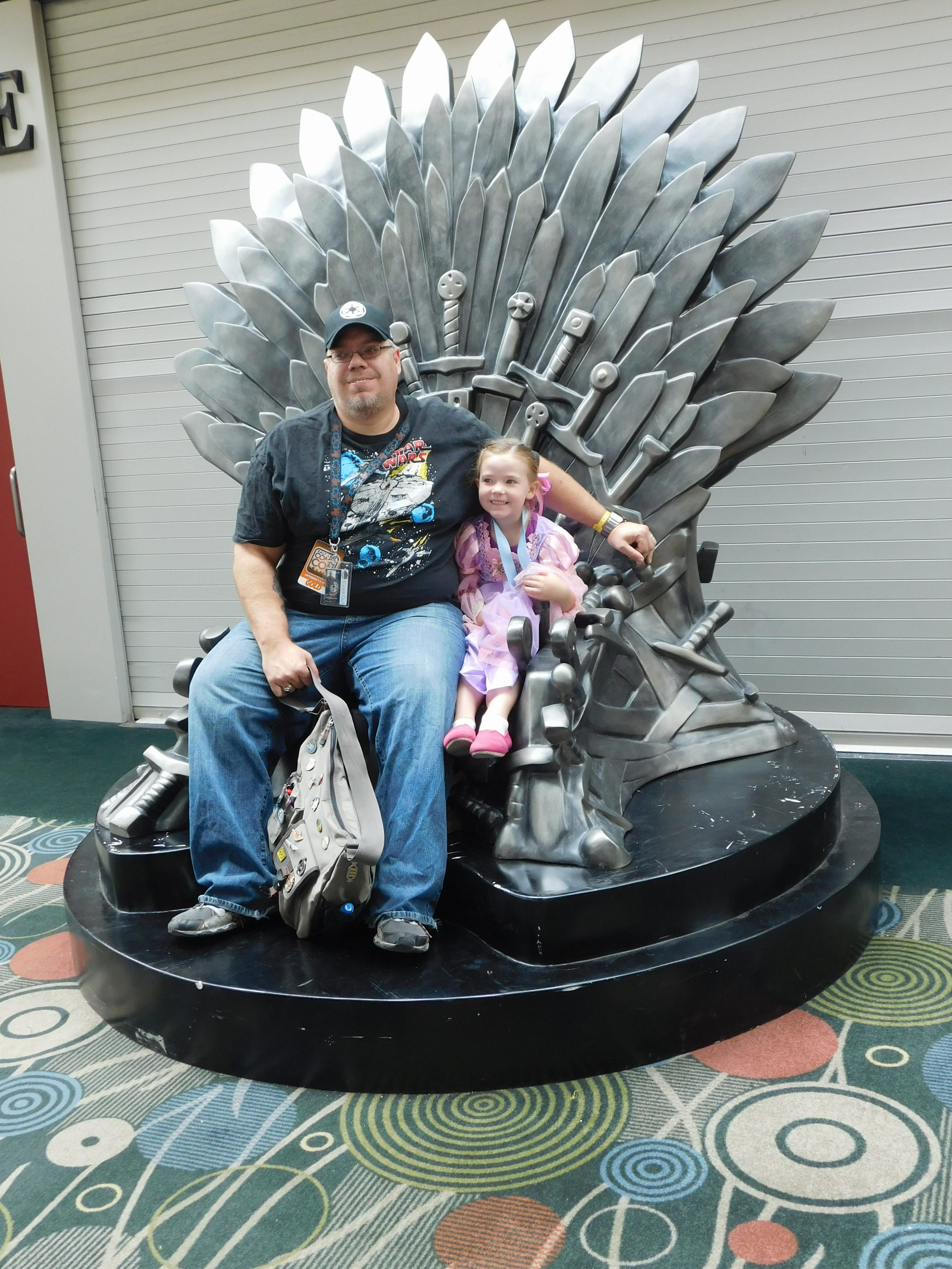 SLCCd3.004 - iGeekOut has finally found his throne, and the Princess for it.