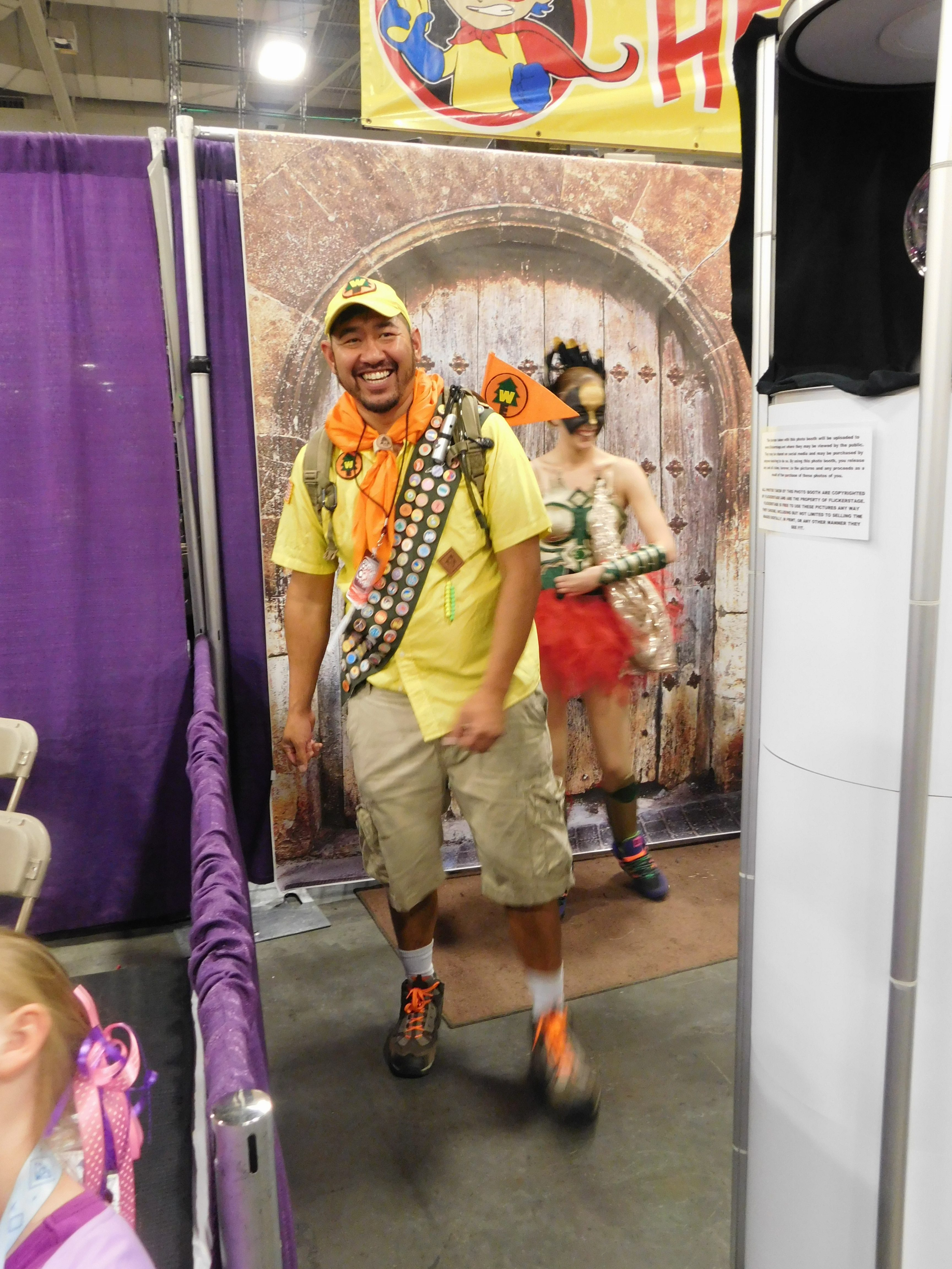 SLCCd3.021 - Russell is checking out the KidCon Castle at Salt Lake Comic Con 2016