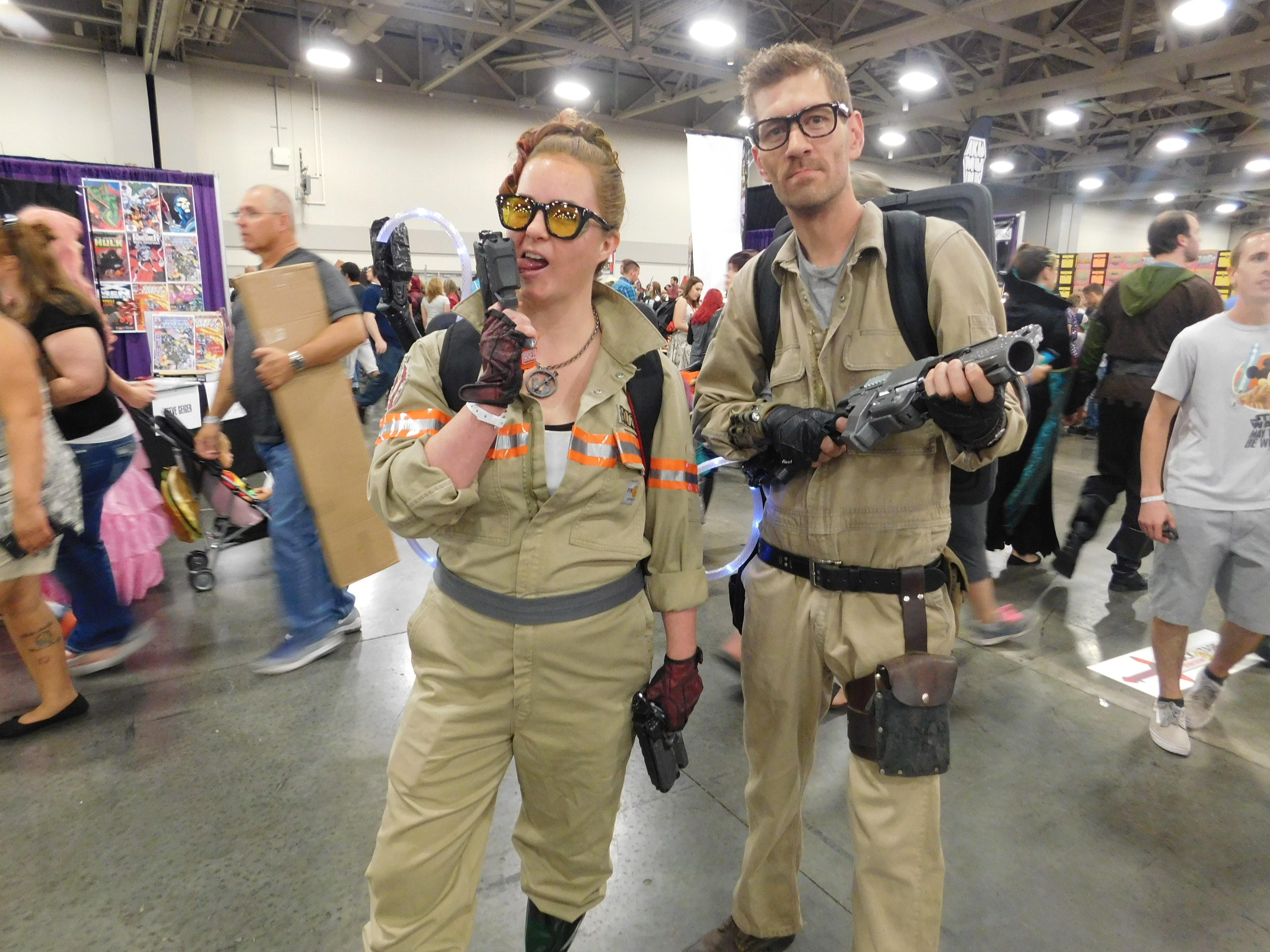 SLCCd3.023 - A couple of Ghostbusters on the prowl.