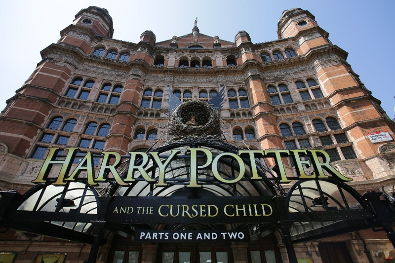 Harry Potter and the Cursed Child in talks to open on Broadway in 2018
