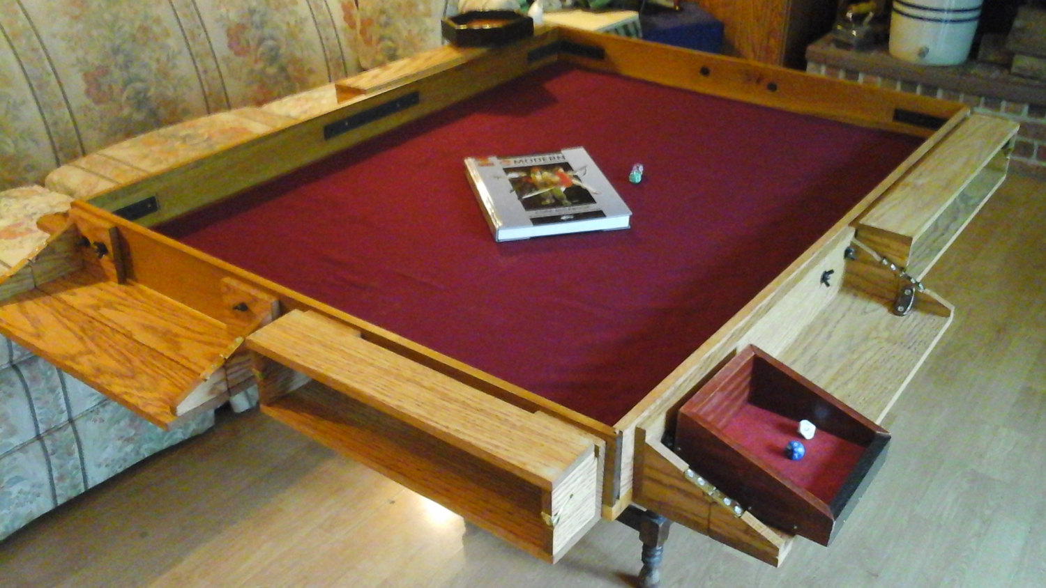 Build a custom gaming table igeekout net for How to build a custom home on a budget