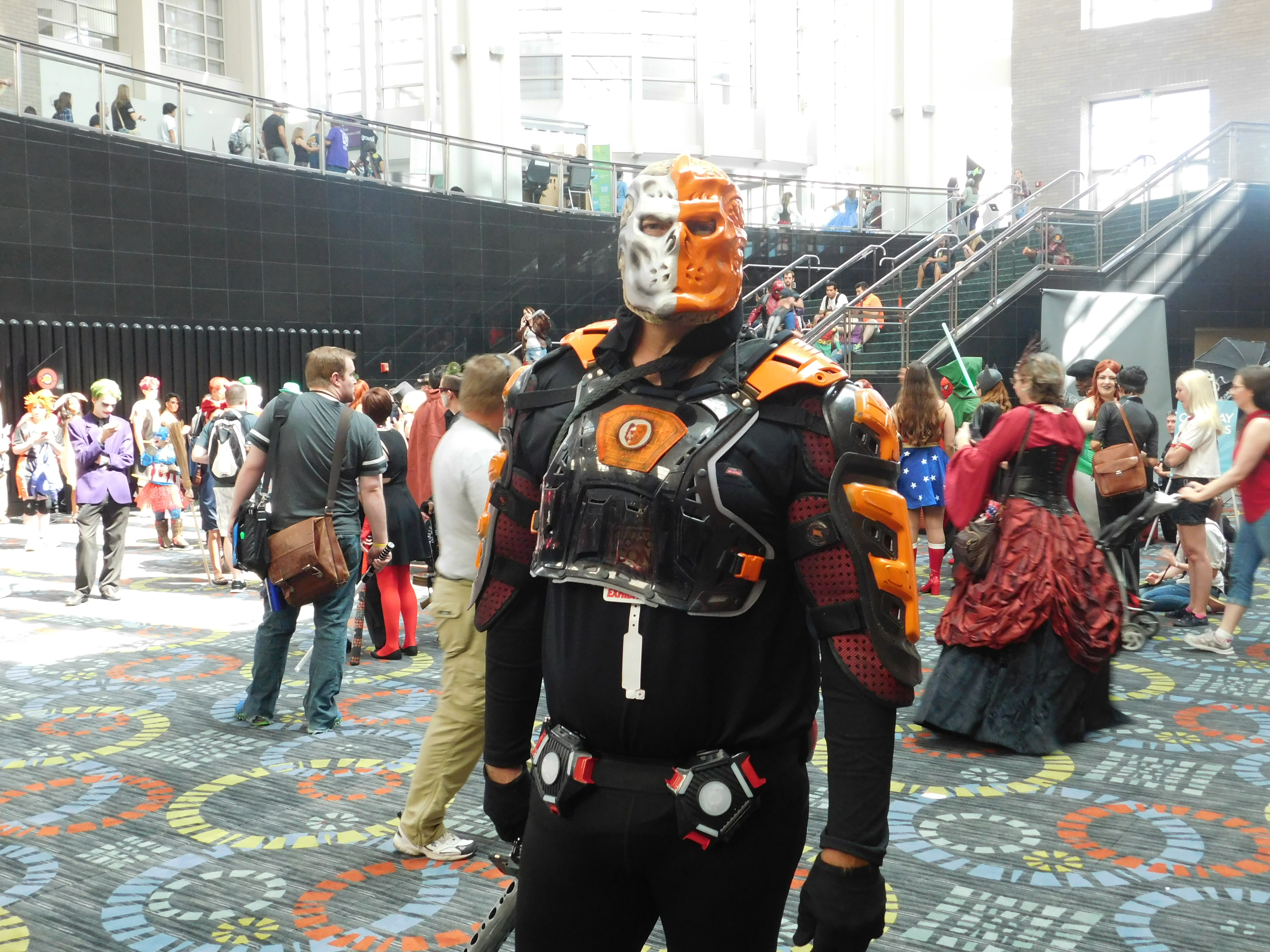 SLCCd2.033 - Is that a scary looking Deathstroke I see