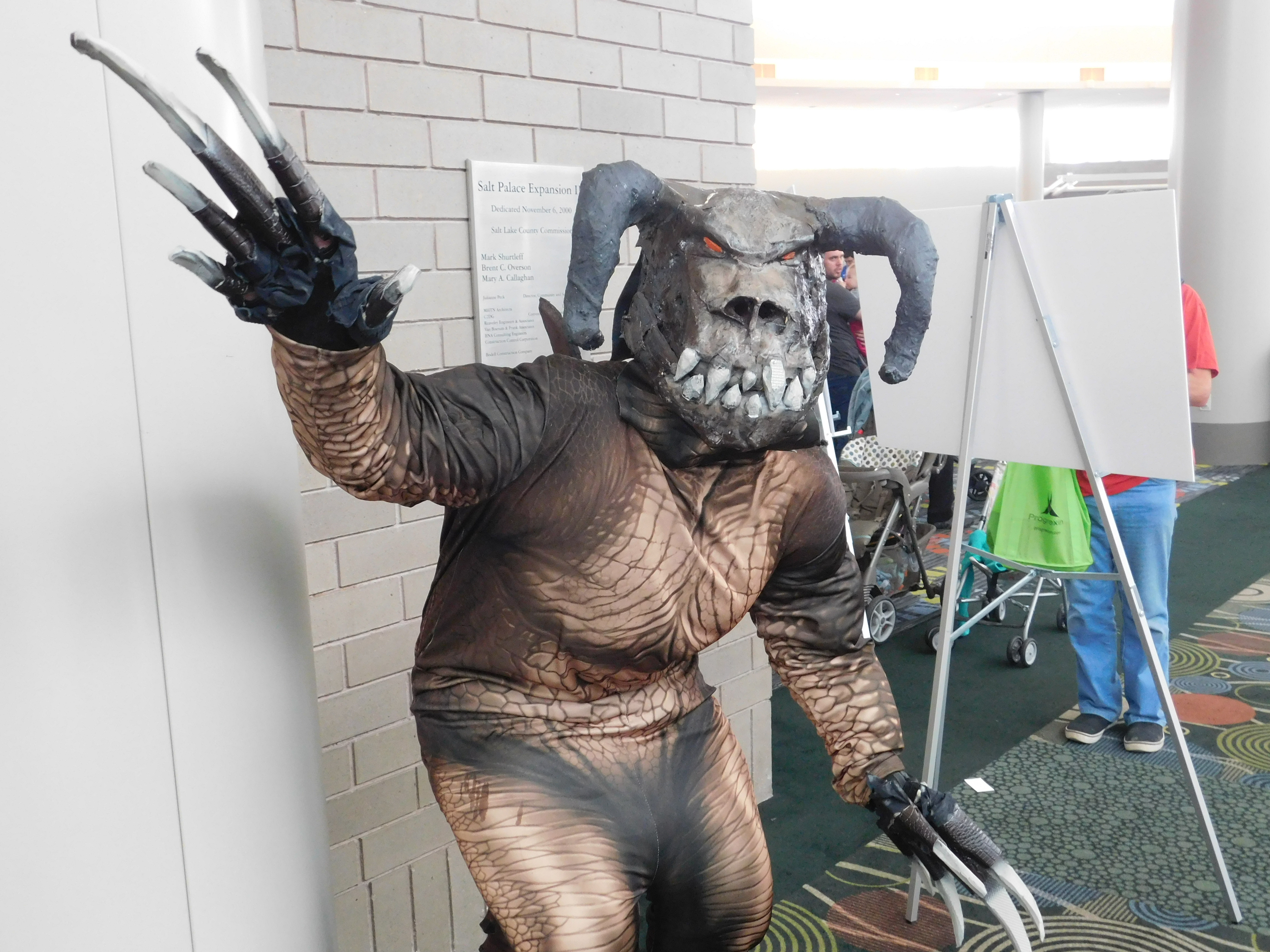 SLCCd2.062 - Even Salt Lake Comic Con isn't free of Deathclaws.
